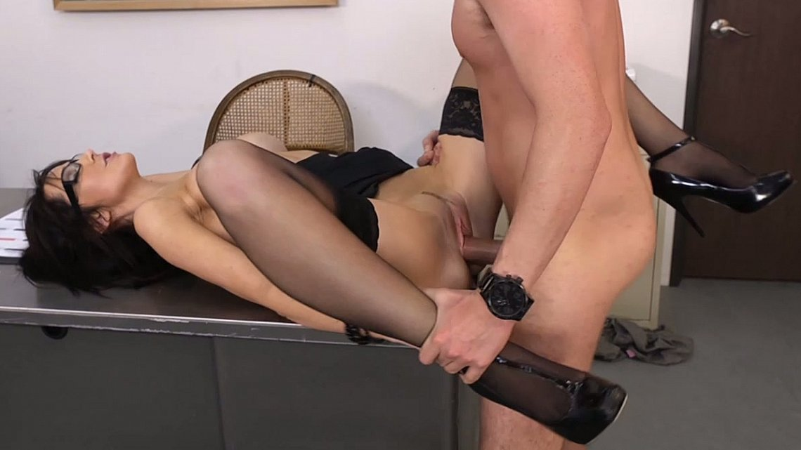 Порно В Чулках И Каблуках В Офисе