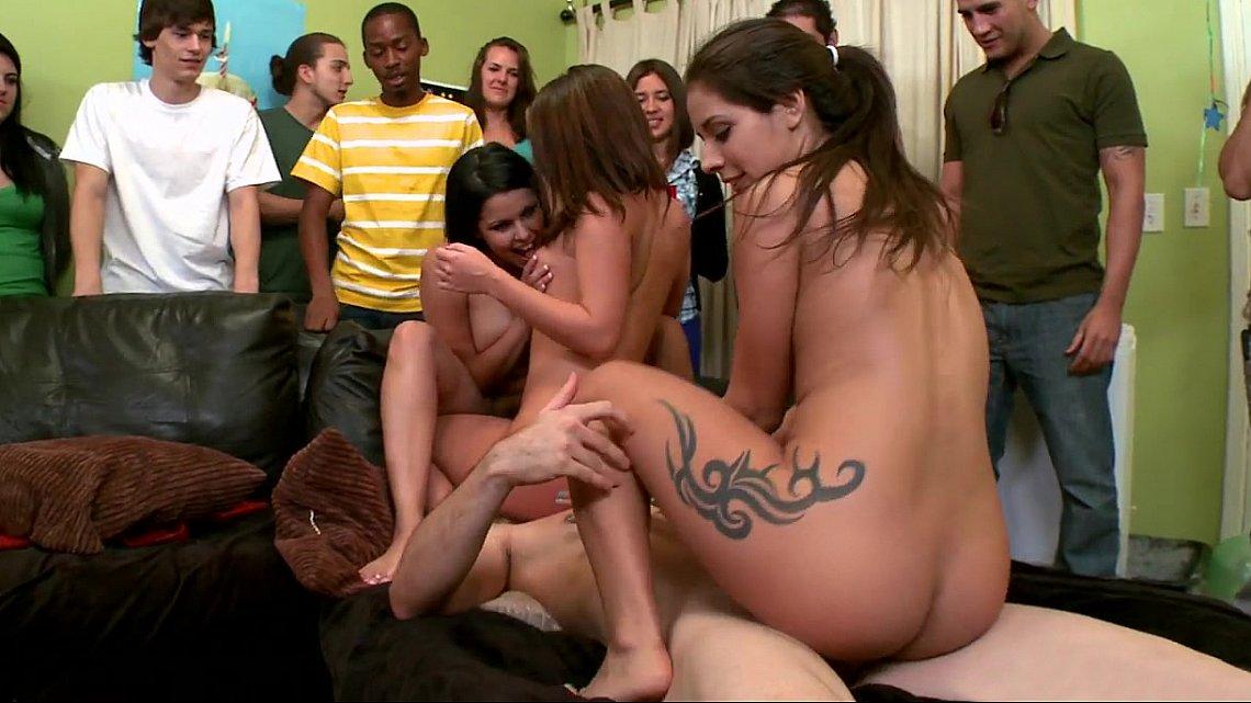порно фото студенты общага