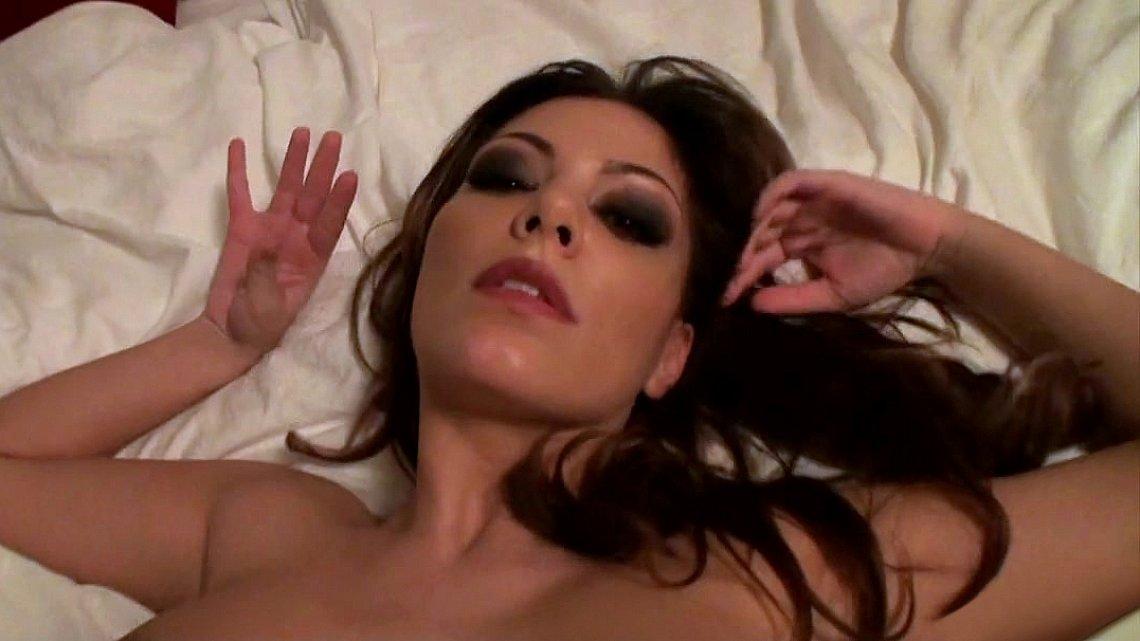ostanovilas-sobirayas-parizhskoe-porno-video-nichego