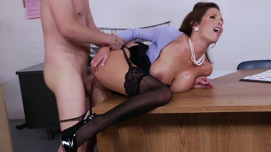 porno-seks-na-kablukah