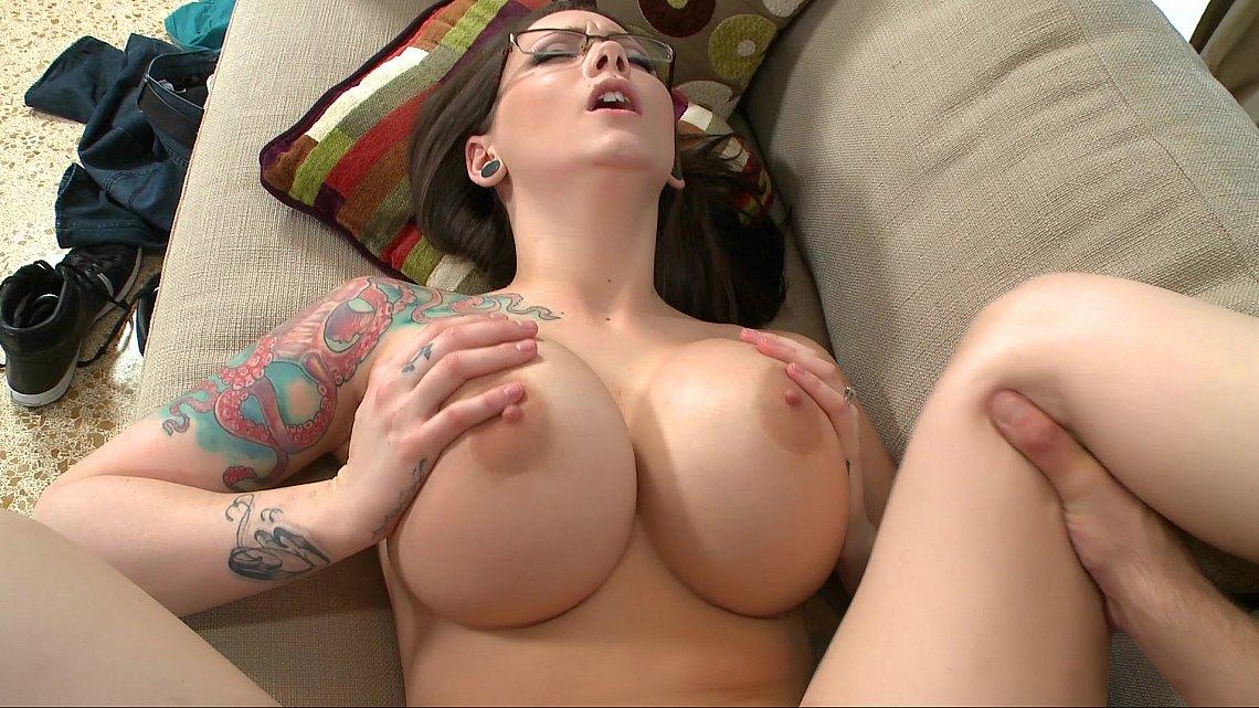 Big tits italian girls