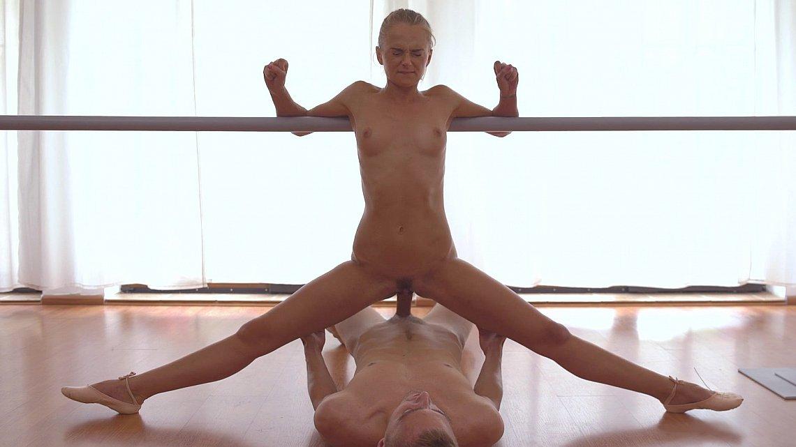 Домашнее порно с балериной русское